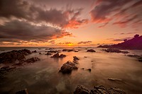 Australia, New South Wales, Tweed Shire, sunrise at the rocky shore of Hastings Point