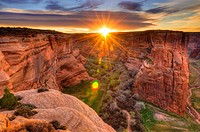 Sunrise over Canyon de Chelly, Canyon de Chelly National Monument, Arizona USA.