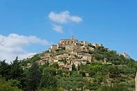 Gordes, Provence, Provence-Alpes-Cote d'Azur, France