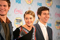Celebrities attend FOX's 2014 Teen Choice Awards - Press Room at The Shrine Auditorium. Featuring: Ansel Elgort,Shailene Woodley,Nat Wolff Where: Los ...