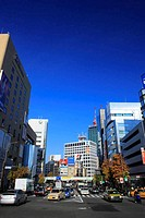 View around Gaien-mae Crossing in Aoyama Street