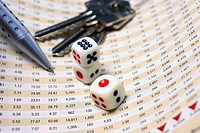 Dices on financial report