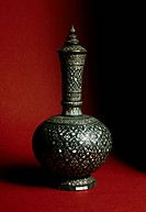 Mother of pearl and wood receptacle. Thai civilisation, 13th-14th century.