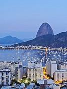 Brazil, City of Rio de Janeiro, Twilight view over Botafogo Neighbourhood towards the Sugarloaf Mountain.