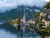 The village of Hallstatt, Lake Hallstatt, UNESCO World Heritage Hallstatt-Dachstein Salzkammergut, Upper Austria, Austria, Europe.