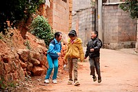 Children, puzhehai, Yunnan province, China