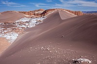 `Duna Mayor´, in Valle de la Luna (Valley of the Moon ) and salt deposited on the ground near San Pedro de Atacama, Atacama desert. Region de Antofaga...