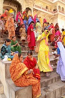 Galta Temple, festival, women. Jaipur. Rajasthan. India.