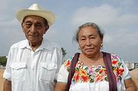 Maya people. Yucatan Peninsula. Mexico/ Pareja de mayas. En Yucatan, Campeche y Quinta Roo. Las tres entidades que integran la peninsula de Yucatan. H...