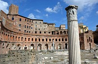 Trajan´s market with a column at front