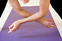 Woman doing yoga in a studio  Pose: ´Jnana Mudra´  MR