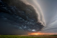 Squall line in northcentral Kansas, May 26, 2006