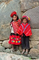 Peruvian children in traditional dress in Ollantaytambo, Urubamba Valley, Peru, South America
