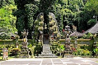 An entrance gate, or candi bentar, at Pura Gunung Kawi Sebatu Temple, Tegallelang  Near Ubud  Bali, Indonesia  This temple should not be confused with...