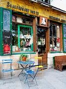Shakespeare and Co., bookstore, Rue de la Bucherie, Latin Quarter, Paris, France