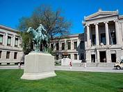 ´Appeal to the Great Spirit´ bronze statue by Cyrus Edwin Dallin, Boston Museum of Fine Arts, Boston, Massachusetts, USA