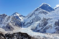 View of Mount Everest from the summit of Kala Pathar, Everest Region, Nepal