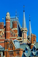 UK, England, London, St Pancras Railway Station, St Pancras Renaissance London Hotel, formerly the Midland Grand Hotel