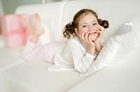 Portrait of cute girl (4-5)