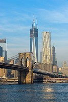Lower Manhattan with Brooklyn Bridge, New York City, USA