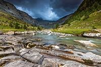 River Arazas in the Valle de Ordesa, Parque Nacional de Ordesa y Monte Perdido, Pyrenees, Huesca province, Aragon, Spain, Europe.