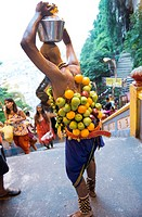 Bizarre scenes at the annual Hindu Thaipusam festival in KL, Malaysia