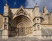 Puerta de los Apostoles. Facade of Gothic church of Santa María la Mayor 13th-14th century. Morella. Els Ports. Castellón province. Valencia. Spain.
