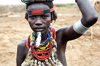 Woman belonging to the Dhasanech tribe. Omo valley ( Ethiopia).