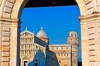 Pisa Cathedral, Duomo, Leaning Tower, Piazza del Duomo, Cathedral Square, Campo dei Miracoli, UNESCO world heritage site, Tuscany, Italy.