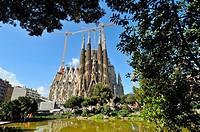 Basílica i Temple Expiatori de la Sagrada Familia, Basilica and Expiatory Church of the Holy Family. Large Roman Catholic church in Barcelona, Catalon...