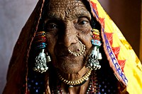 Woman belonging to the Lambani caste ( Karnataka, India).