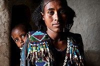 Young mother with her child. Near Korem ( Tigray state, Ethiopia).