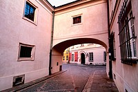 Kanonia street behind archway seen from Dziekania street (in foreground), Warsaw's Old Town - UNESCO World Heritage List, 1980, Warsaw, Poland, Europe