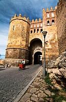 Puerta de San Andrés, también llamada Puerta de la Judería - Segovia - Castilla-León - España - Europa.