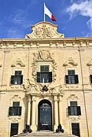 Malta, World Heritage Site, Valletta (La Valette), Auberge de Castille (18th C). . Former home of the knights of the Order of Saint John from the lang...