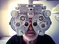 Optometer.