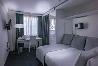 -White House Hotel- London (UK).
