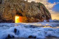 Pfeiffer Beach Keyhole Flash of Light.
