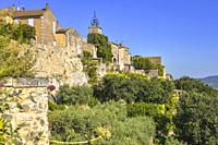 old village of the Provence, Ménerbes situated on a hill, France, member of the association most beautiful villages of France, department Vaucluse, Lu...