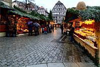 Christmas market at Marktplatz, historic part of Schwäbisch Hall, Schwäbisch Hall, Baden-Württemberg, Germany, Europe