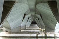 Under the Esplanade Bridge spanning across Marina Bay at the mouth of the Singapore River, Singapore, Southeast Asia