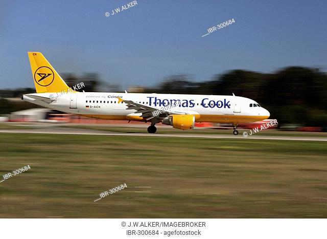 Condor, Thomas Cook, airbus A320 starts on the Frankfurt airport, Hessen, Germany