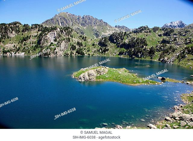 Europe, Spain, Pyrenees Mountains and Lake
