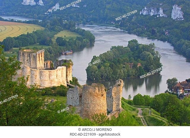 Chateau-Gaillard and meander of river Seine, Les Andelys, Seine valley, Normandy, France, Monument historique