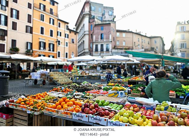 The Campo de 'Fiori translated field of flowers is a square in central Rome, in the district Parione, east of the Tiber  On the Campo takes daily except Sundays...