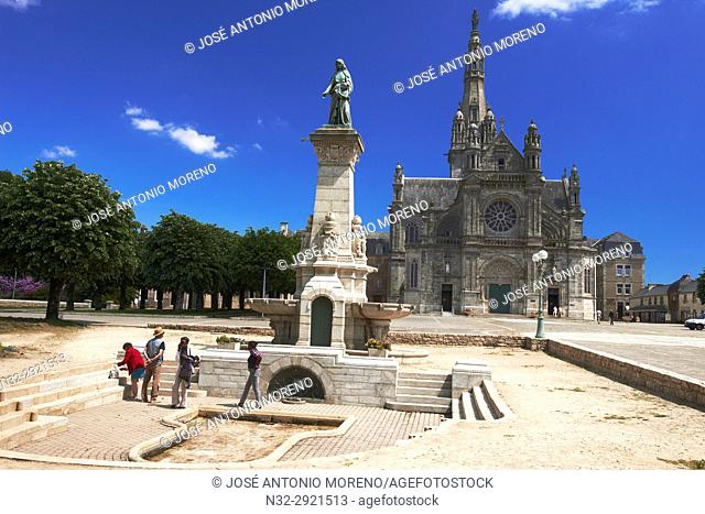 Auray, Sainte-Anne-d'Auray, Basilica , Church, Morbihan, Bretagne, Brittany, France, Europe