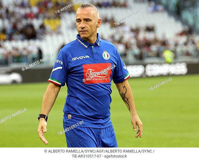 Italian singer Eros Ramazzotti during the ' Match of the Heart ' National Italian singers vs Champions for the Research charity match at Juventus stadium in...