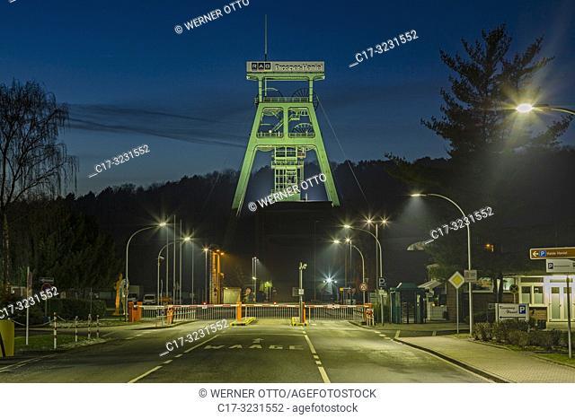 Bottrop, Fuhlenbrock, Germany, North Rhine-Westphalia, NRW, Westphalia, Ruhr area, D-Bottrop, D-Bottrop-Fuhlenbrock, shaft tower Franz Haniel, pit tower