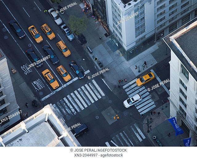 West 35th Street, Fifth Avenue, 5th AVE, view from Empire State Building, Manhattan, New York City, New York, USA