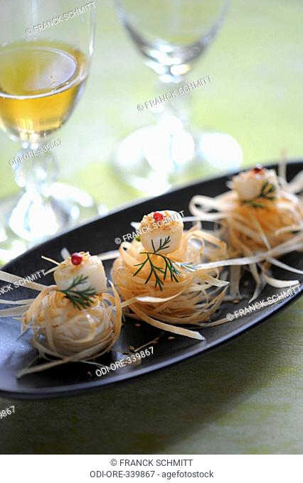 Bay scallops pastry nests